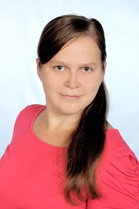 Вихователь: Рябчинська Оксана Анатоліївна працює в ДНЗ з 2015р. 8-й тарифний розряд